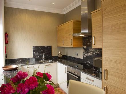 breck-apartments-roomtype120.jpg-apmt04