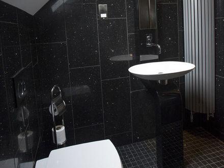 breck-apartments-roomtype128.jpg-apmt052