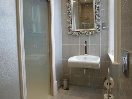 breck-apartments-roomtype212.jpg-apmt09
