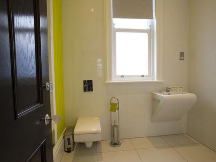 breck-apartments-roomtype227.jpg-apmt10